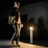 theLeda D10 B plus AL. Đèn LED cảm biến chiếu sáng nghệ thuật, dạng trụ cao thông minh